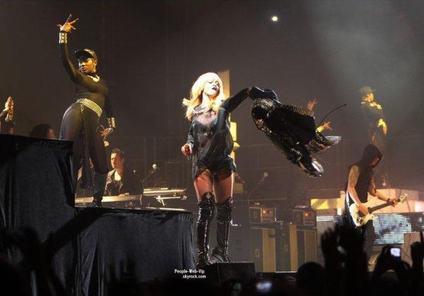 PHOTOS TWITTER DES STARS ! Carly Rae Jepsen, Jessie J., Beyonce & son mari Jay-Z, Pink, Rihanna, Vanessa Hudgens et Ashley Tisdale