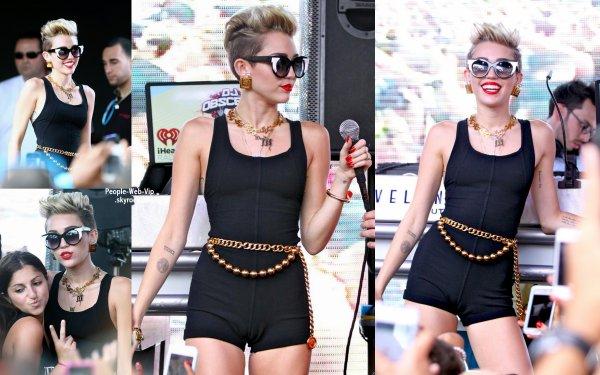 Miley Cyrus aperçue a la iHeartRadio Ultimate Pool Party à la piscine BleauLive du Fontainebleau (samedi soir (29 Juin) à Miami Beach, en Floride)