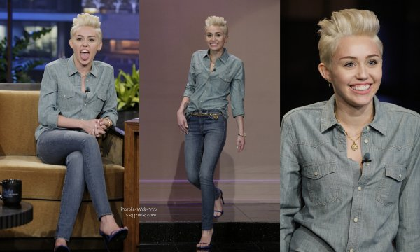 "Miley Cyrus aperçue sur le plateau de l'émission ""The Tonight Show with Jay Leno "" (jeudi (30 Janvier ) à Burbank , en Californie)"