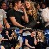 Zac Efron a passé une soirée avec Halston Sage à un match de basket. Sur les photos, les deux acteurs semblent très complices. Bref, c'est la rumeur !   (au Staples Center le vendredi soir (4 Avril ) à Los Angeles)