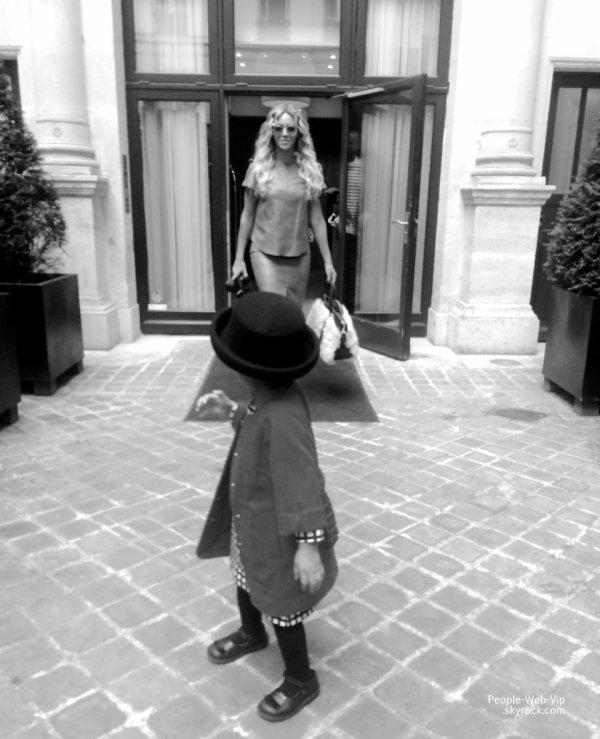 Beyonce : Elle dévoile quelques photos perso de ses différents looks et de Blue Ivy ! Qu'en pensez vous ?