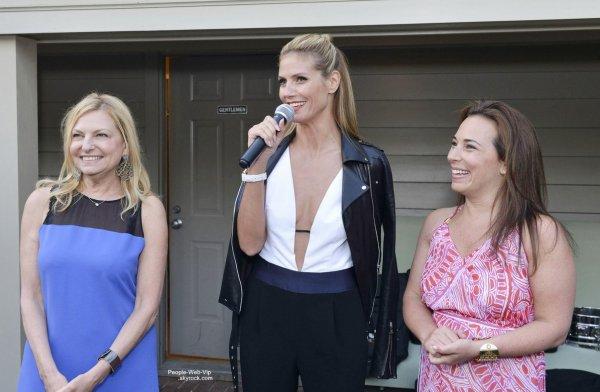 "Heidi Klum aperçue à la célébration du magazine ""Hamptons"" pendant le Memorial Day  (samedi après-midi (24 mai ) à Southampton , New York .)"