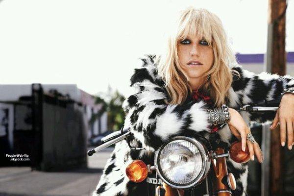 """Kesha en couverture du magazine """" Teen Vogue """" Qu'en pensez vous?"""