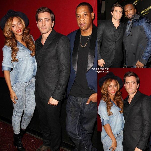 """Beyonce a été aperçue à la première du nouveau film de Jake Gyllenhaal, """"Nightcrawler"""" au AMC Lincoln Square Theater. La chanteuse de 33 ans a été rejoint à la première par son mari Jay Z et le rappeur 50 Cent. (lundi (27 Octobre) à New York. )"""