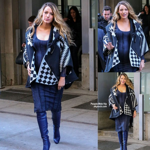 Blake Lively a été aperçue dans les rues de New York.  Qu'en pensez vous? ( samedi après-midi (Novembre 8) à New York.)