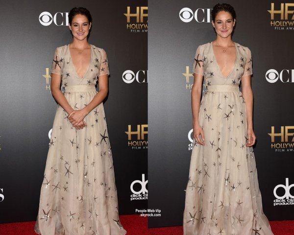 """Hollywood Film Awards 2014"" Jennifer Lopez, Gerard Butler, Hilary Swank, Shailene Woodley, Julianne Moore et Keira Knightley posent tous sur le tapis rouge lors de la cérémonie ""2014 Hollywood Film Awards""  (vendredi (14 Novembre) au Palladium de Hollywood.)"