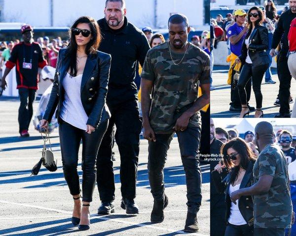 Kim Kardashian a été rejoint par son mari Kanye West en arrivant au Super Bowl 2015, ainsi que Rihanna et David Beckham.  (dimanche après-midi (1 Février) à Phoenix, AZ.)