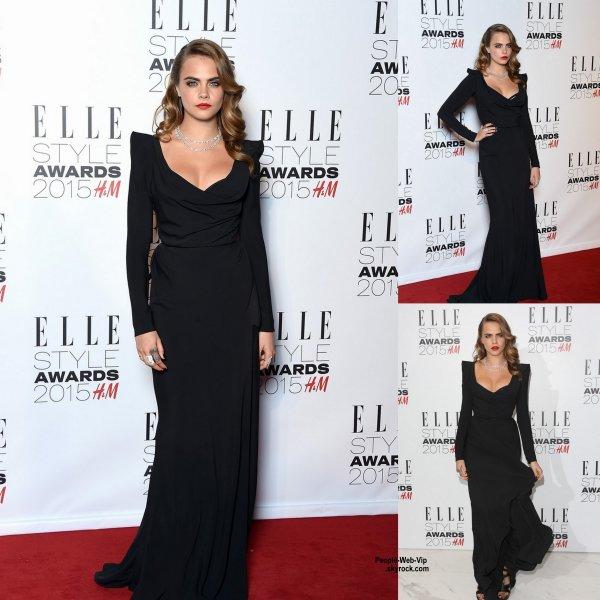 """Cara Delevingne, Taylor Swift et Rosie Huntington Whiteley toutes glamour posent sur le tapis rouge lors de la soirée """" 2015 Elle Style Awards""""  au  Sky Garden à La Talkie Walkie Tour. (mardi (24 Février) à Londres, en Angleterre.)"""