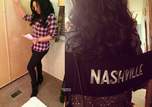 Christina Aguilera exhibe sa nouvelle chevelure brune sur cette photo qu'elle a posté sur son compte Twitter. Ce changement de couleur est pour son rôle dans un prochain épisode de Nashville. ( le mardi (17 Mars).