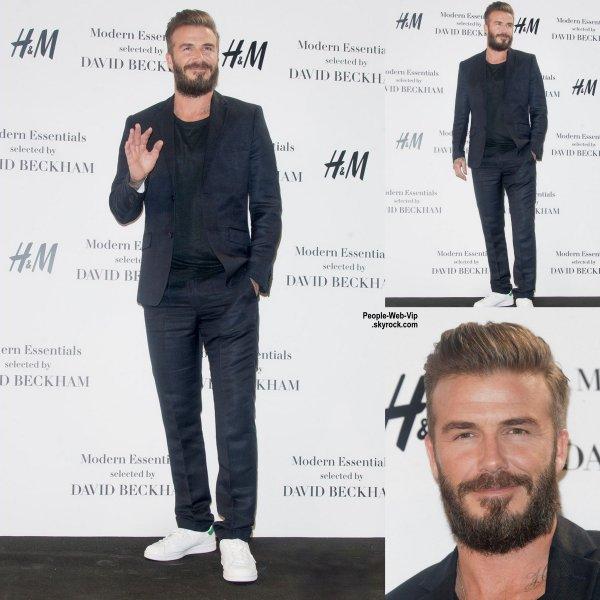 """David Beckham aperçu en Espagne pour l'événement """" Modern Essentials by H&M Collection""""  ( vendredi après-midi (20 Mars) à Madrid, Espagne.)"""