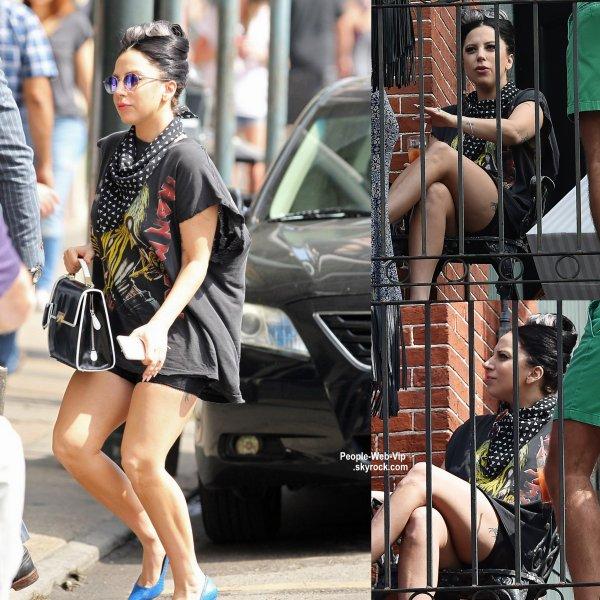 Lady Gaga a été aperçue près d'un restaurant  à la Nouvelle Orléans. ( samedi après-midi (21 Mars), La.)