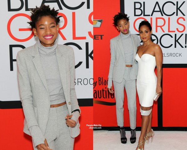 "Will Smith,  Willow Smith, Jada Pinkett Smith & sa mère  Adrienne Banfield-Jones  sur le tapis rouge des ""Black Girls Rock BET "" (samedi soir (28 Mars) au NJPAC à Newark, NJ)"