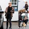 Perrie Edwards se dirige vers sa voiture avec deux de ses chiens avant de les conduire chez le vétérinaire  (samedi après-midi (Avril 4) à Londres, en Angleterre.)