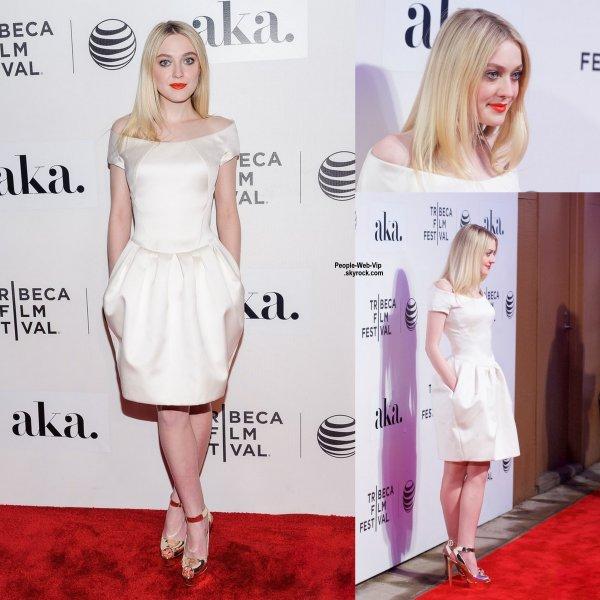 """Dakota Fanning arrive à la première de son nouveau film, Franny, tenue lors du """"2015 Tribeca Film Festival """"  ( à New York vendredi soir (Avril 17)"""