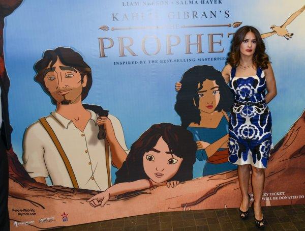 Salma Hayek prend la pose pour les journalistes lors de la présentation de son film d'animation Le Prophète. (lundi (27 Avril) à Beyrouth, au Liban.)