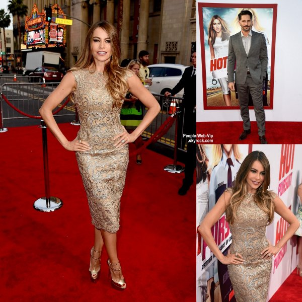 Sofia Vergara arrive à la première de son nouveau film Hot Pursuit tenue au  TCL Chinese Theatre. L'actrice a été rejoint sur le tapis rouge par son beau fiancé Joe Manganiello. ( jeudi soir (30 Avril) à Hollywood.)