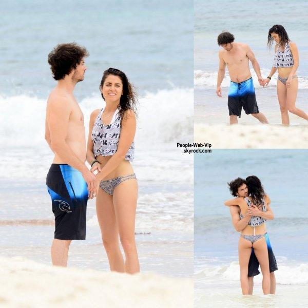 Ian Somerhalder a été aperçu avec sa femme et Nikki Reed pendant leur lune de miel, sur les plages de Mexique. ( jeudi (Avril 30) à Tulum, au Mexique.)