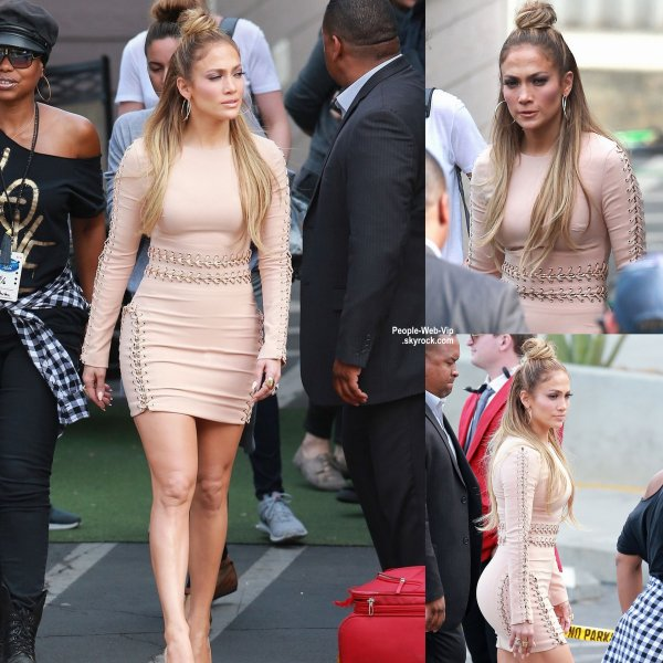 Jennifer Lopez en arrivant au studio d'American Idol pour un enregistrement  (mercredi (6 mai) à Hollywood.)