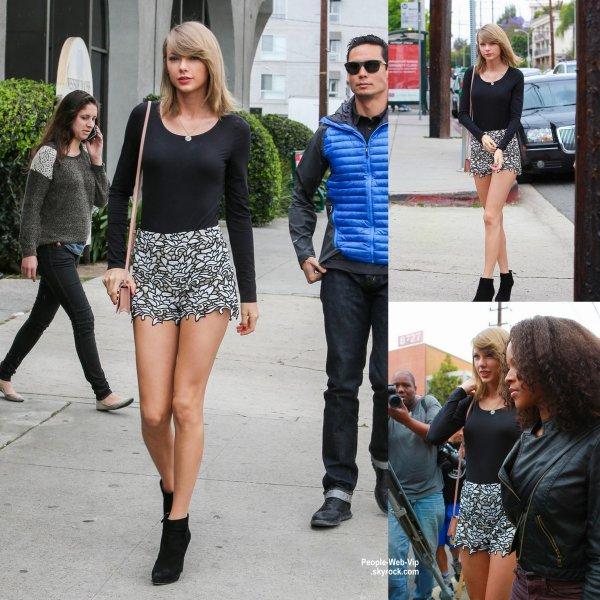 Taylor Swift pose sur la couverture du numéro de Juin du magazine américain ELLE. Qu'en pensez vous?