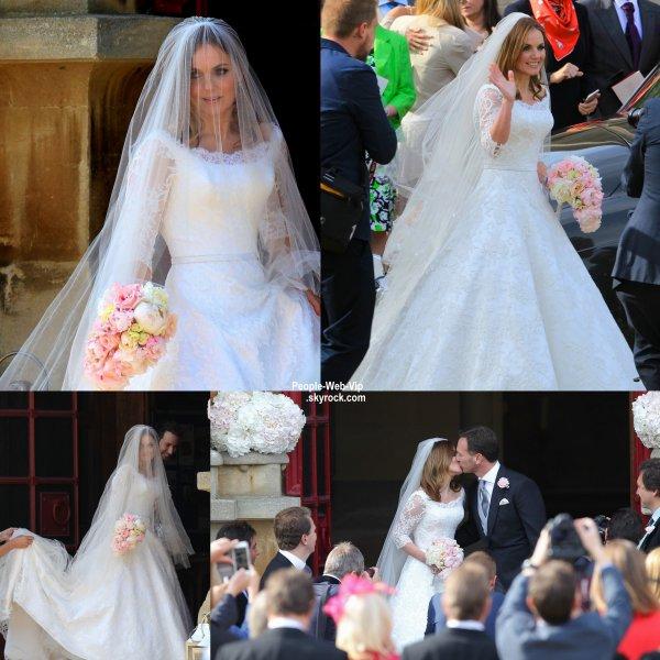 Geri Halliwell : l'ex Spice Girls s'est mariée pour la première fois ! Geri Halliwell a dit oui à l'ancien coureur de Formule 1 Christian Horner, dans une petite église du Royaume-Uni. La mariée a passé « une journée incroyable, pleine d'amour, de joie et de rires ». Les anciennes Spice Girls Emma Bunton et Mel B avaient fait le déplacement pour voir leur amie dans sa robe blanche à dentelle.   ( à l'église St. Mary à Woburn Abbey vendredi (15 mai) dans le Bedfordshire, Est de l'Angleterre.)