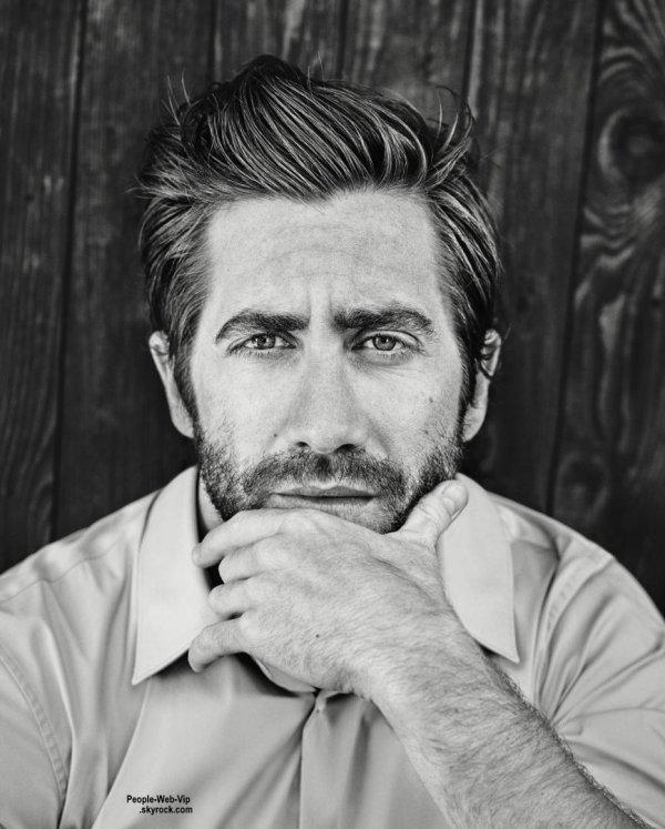 """Jake Gyllenhaal pose pour le magazine """" Esquire UK"""" Qu'en pensez vous?"""