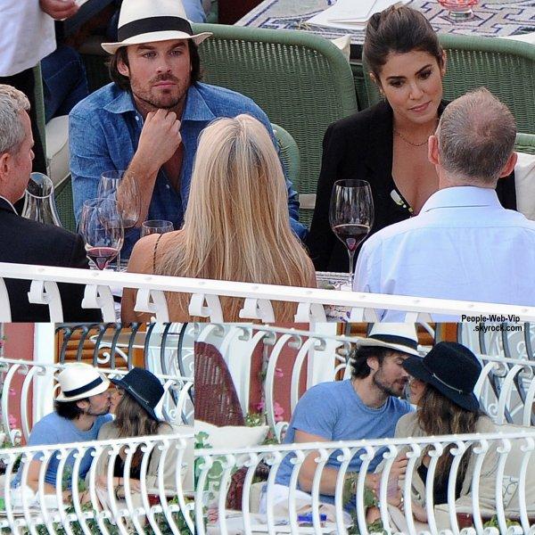 Ian Somerhalder a été aperçu avec sa femme Nikki Reed pendant leur vacances en Italie. (le vendredi (19 Juin) à Positano, Italie.)