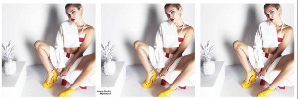 """Miley Cyrus prend la pose pour le magazine """" V magazine's V96"""" Qu'en pensez vous?"""