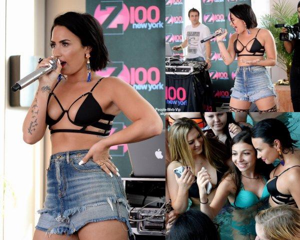 """Demi Lovato sexy pendant la Pool Party de Z100 au Gansevoort Park Avenue. Demi a interpreter son nouveau single """"Cool For the Summer"""" (mercredi après-midi (1 Juillet) à New York.)"""