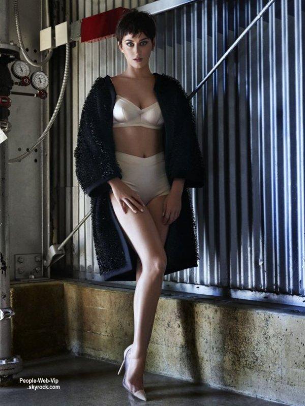 """KATY PERRY - Prend la pose pour le magazine """"  VOGUE JAPAN """" Qu'en pensez vous?"""