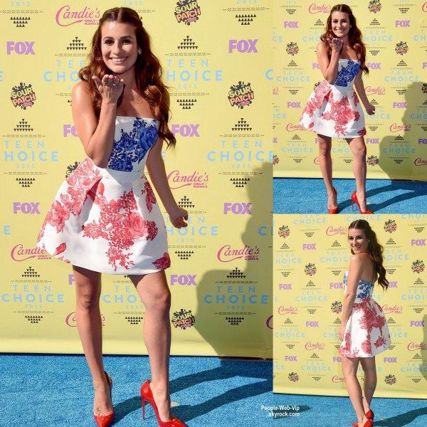 """Lea Michele aperçue au """" 2015 Teen Choice Awards """" tenue au Centre Galen. L'actrice a été rejoins par ses co-star de la série """" Scream Queens"""" Keke Palmer  et Emma Roberts ( dimanche (16 Août) à Los Angeles.)"""