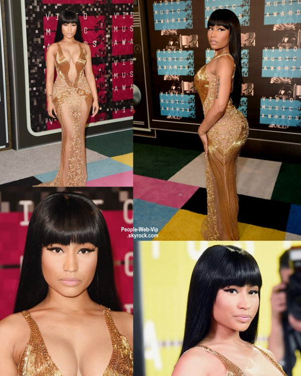 - 2015 MTV Video Music Awards - RED CARPET Rita Ora et Nicki Minaj  au Théâtre Microsoft.  (dimanche (30 Août) à Los Angeles.)