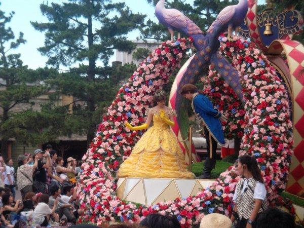 Disneyland Tokyo ; Parade