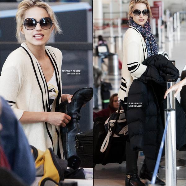 23/04/2011 | Léa et son boyfriend Théo ont été vu à l'aéroport de LAX ........TOP OU FLOP ? 23/04/2011 | Diana à été également vu à l'aeroport de LAX ; direction NY ....TOP OU FLOP ?