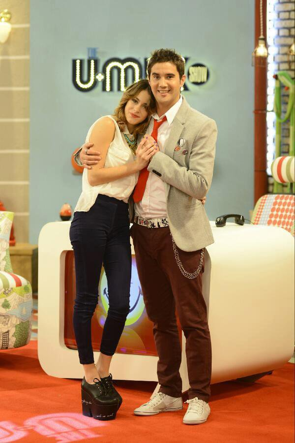 Photos twitter de Tini