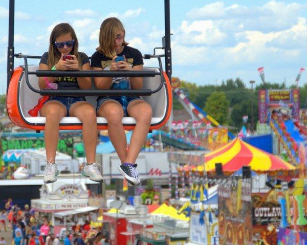 Danger , Les smartphones ont-ils détruit nos adolescents ?