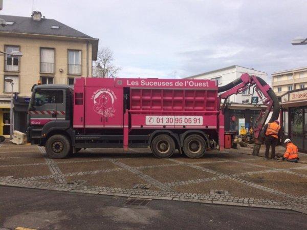Les Suceuses de l'Ouest passent à l'action à Louviers