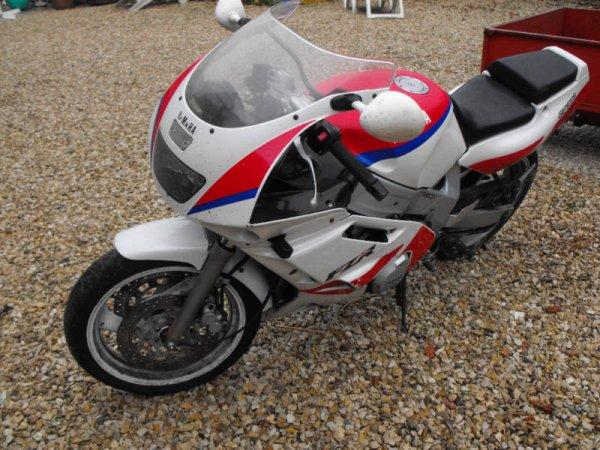 600 FZR