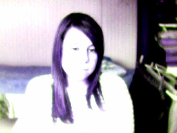 les cheveux violet sa vous+ dit