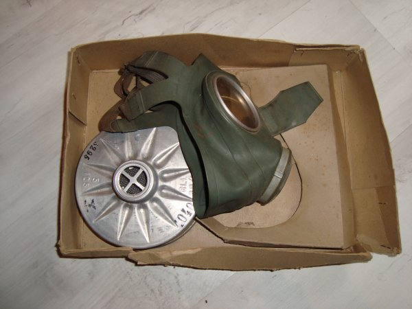 masque a gaz allemand civil