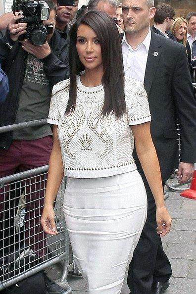 Kim Kardashian, Amy Poehler, Vanessa Paradis.