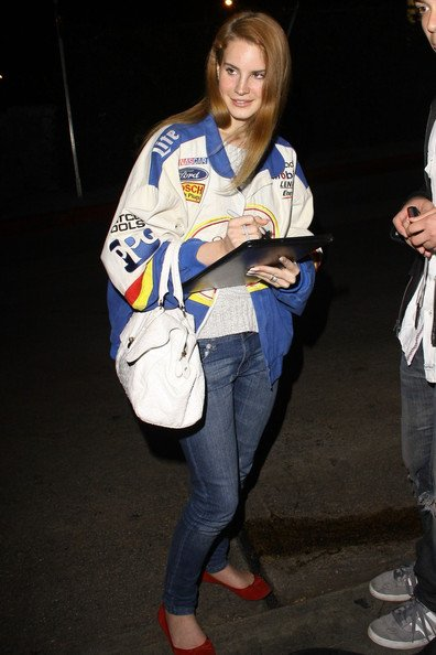 Lana Del Rey, Miranda Kerr, Katherine Heigl, Sarah Jessica Parker.