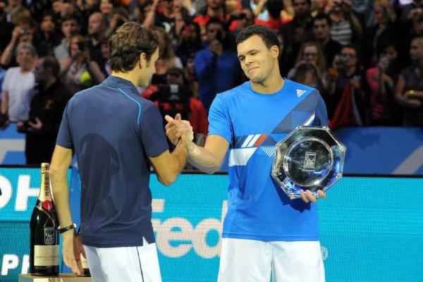 Jo-Wilfried Tsonga VS Roger Federer - ATP World Tour Finals 2011
