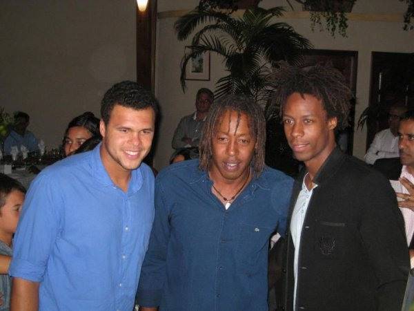 Jo-Wilfried Tsonga et Gaël Monfils en vacances