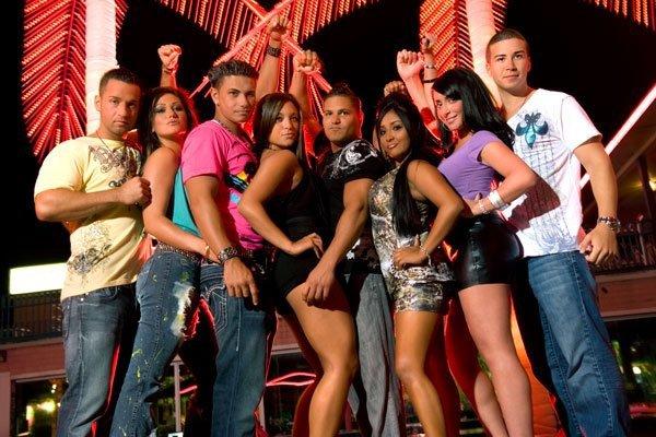 MIKE , JENNY ,PAULY D ,SAMY ,RONY ,NICOLE ,ANGELINA ET VINY