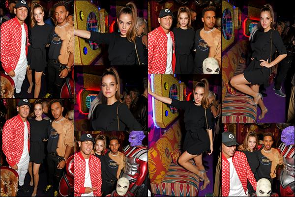 ____        18/09/2017   ¤ Barbara Palvin était à la soirée   «LOVE x Miu Miu LFW» en compagnie du joueur Neymar  à Paris .Top pour sa tenue!   Barbara s'est bien amusée à cette fêté apparemment aux cotés d'autres célébrités comme Neymar  .Coté tenue : c'est un  top! Votre avis ?    __        __