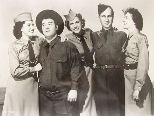 The Andrew sisters / BOOGIE WOOGIE BUGLE BOY (1998)