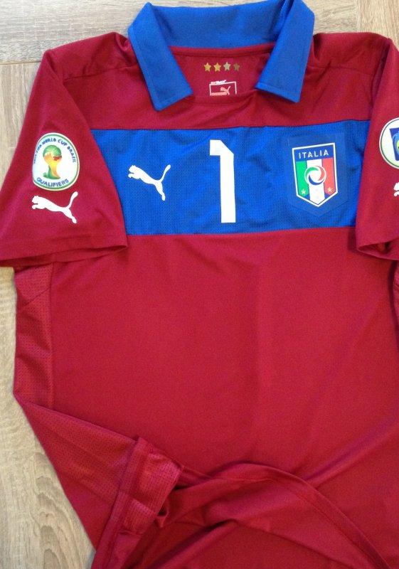 Maillot porté par Gigi BUFFON - Maglia indossata da Gigi BUFFON - 970 EUROS (VENDU)