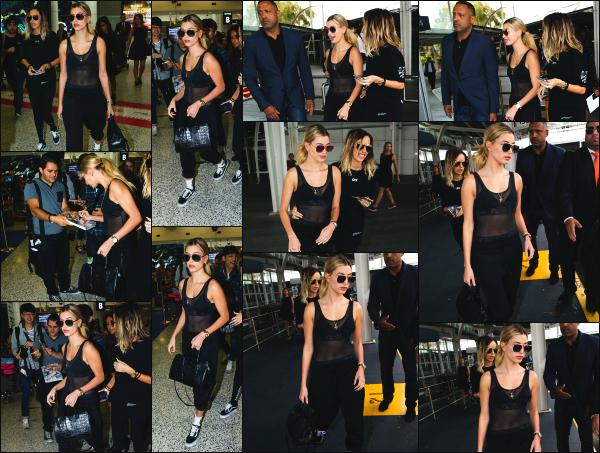 - 04.12.16 ─ Notre belle Hailey Baldwin est photographiée alors qu'elle quittait l'aéroport de Sydney, en Australie ! [/s#00000ize]C'est a présent en Australie que nous retrouvons la belle Hailey en ce début de mois de décembre, en compagnie d'amies ! Une tenue très simple pr H'. -