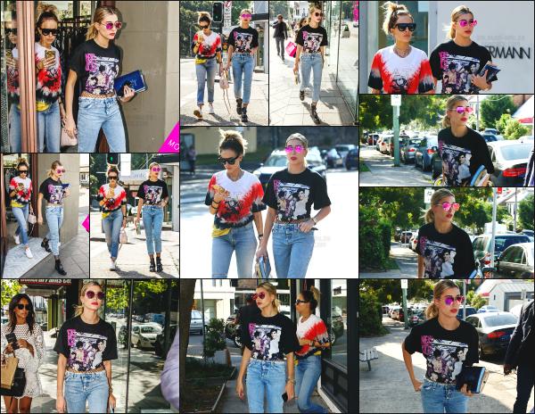 - 04.12.16 ─ La belle Hailey Baldwin est photographiée alors qu'elle faisait du shopping à Paddington dans Syndey.  [/s#00000ize]Hailey profite du beau temps d'Australie pour aller faire un peu de shopping avec une amie, dans le jolie quartier de Paddington situé dans Sydney. Top ! -