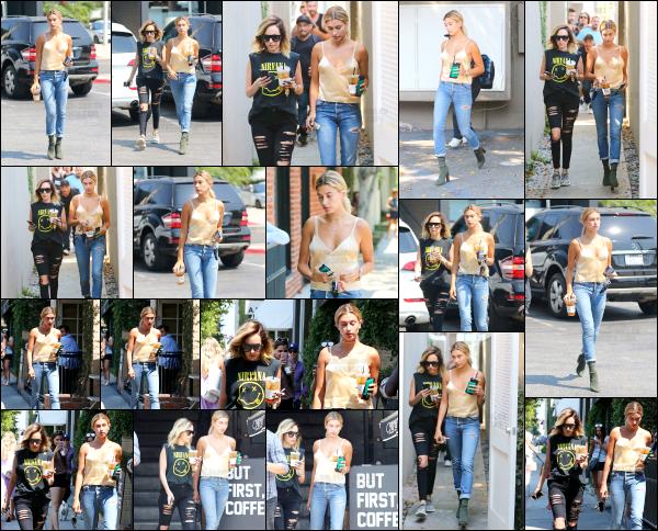 - 29/07/16 - Hailey Baldwin est photographiée alors qu'elle se baladait dans les rues de - West Hollywood ! Hailey B. était ce jour là en compagnie de l'une de ses amis, ensemble elles sont allées chercher une boisson glacée. J'aime vraiment beaucoup sa tenue. -